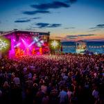 A TNT jótékonysági koncerttel zárja a PLÁZSt
